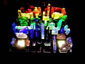Rainbow - Sculpture en dalle de verre