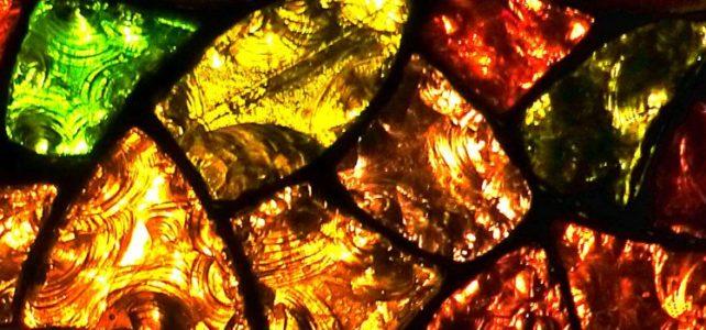 Vitrail en dalle de verre éclatée